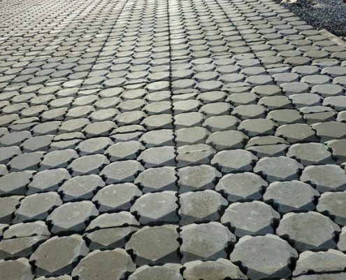 T&F geotextielen: BONTEC NON WOVEN 25 onder Ronaton betonzuilen